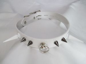 White PVC 6 Spike Locking Collar/Choker